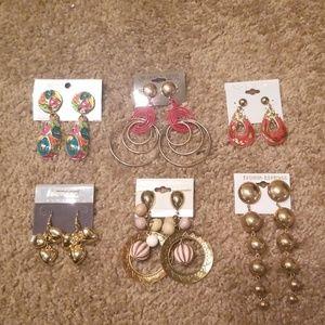 Jewelry - Six Earrings